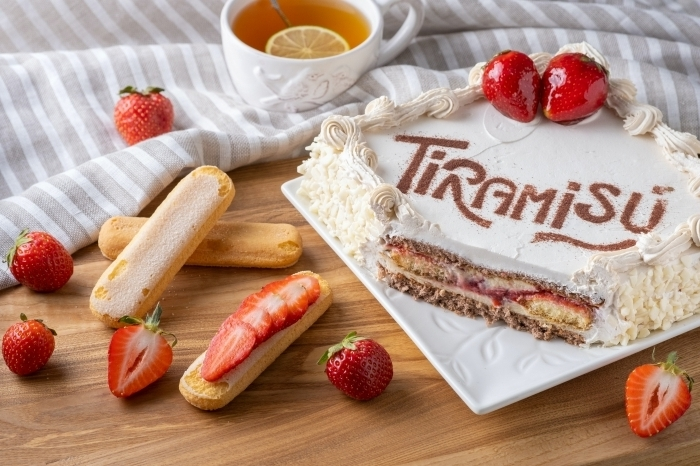 recette de iramisu fruits rouges dessert doigts de dame fraises fraîches crème fromage mascarpone