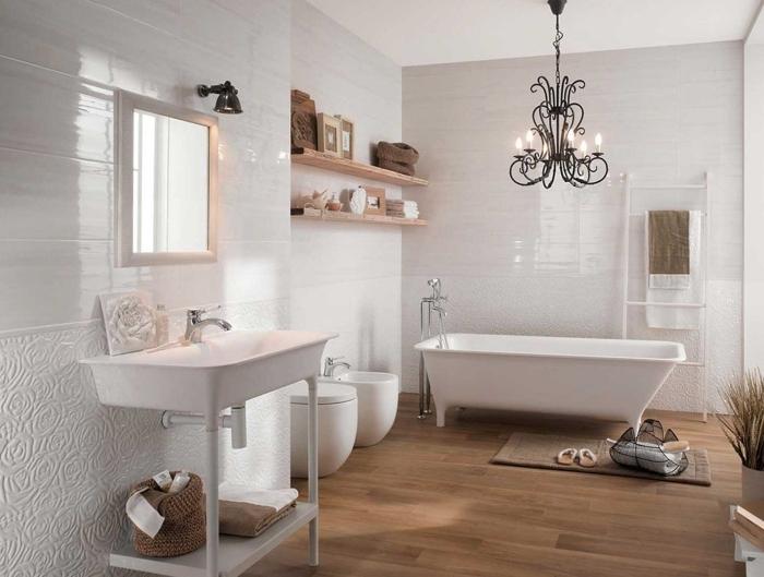 revetement sol salle de bain deco maison campagne moderne style minimaliste lustre noir étagère bois