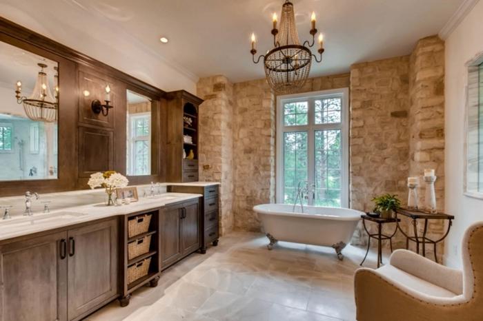 style rustique salle de bain pierre et bois revetement mural meubles bois foncé baignoire sur pieds