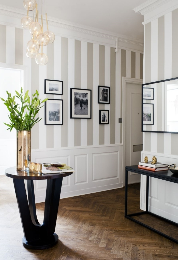 technique décoration murale couloir revetement mur comment agrandir une piece avec 2 couleurs