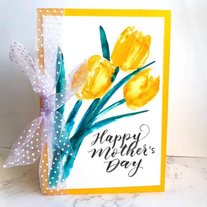 une idée de dessin aquqrelle en tulipes jaunes pour la fete des meres