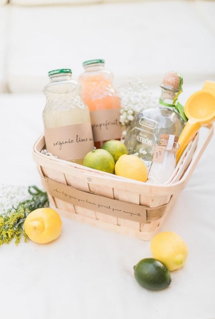 activité fête des mères facile panier fibre naturelle produits naturels fruits bouquet de fleurs saisonières