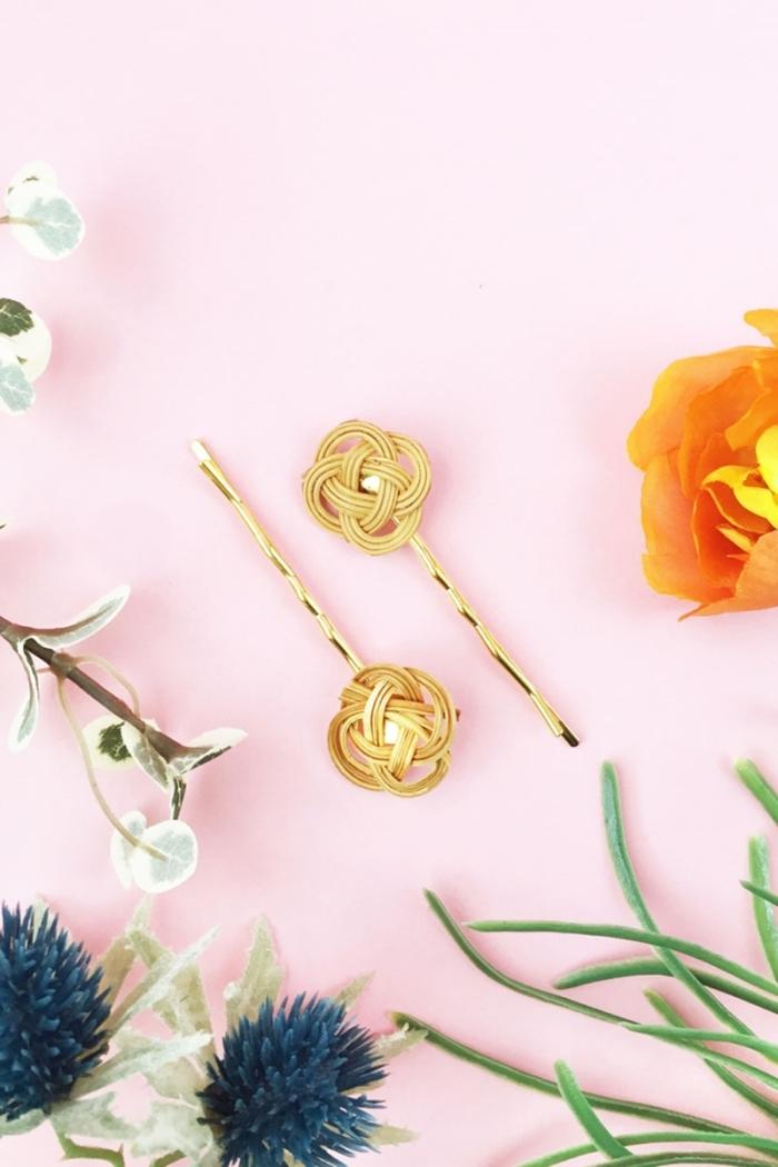 cadeau fête des mères diy pinces cheveux en rotin fleurs fausses décoration printemps accessoire diy