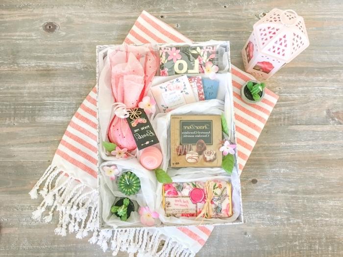 coffret cadeau maman surprise produits cosmétique spa thérapie maison activité manuelle fête des mères