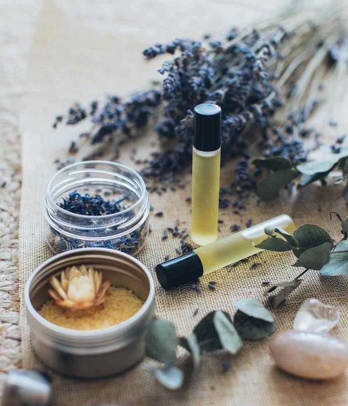 creation parfum bio à base de lavande exemple fragrance maison simple à faire