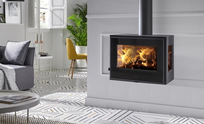 déco salon design moderne canapé gris table basse métal poele a bois insert encastrable