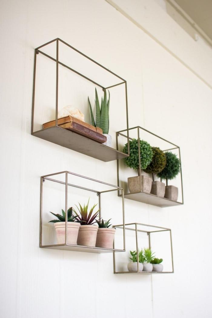 décoration avec cadre vegetal en métal rangement petits pots idée rangement mural original