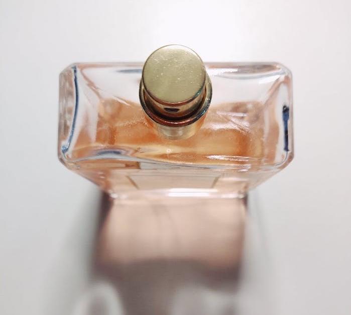 Les raisons de préférer un parfum bio aux fragrances synthétiques