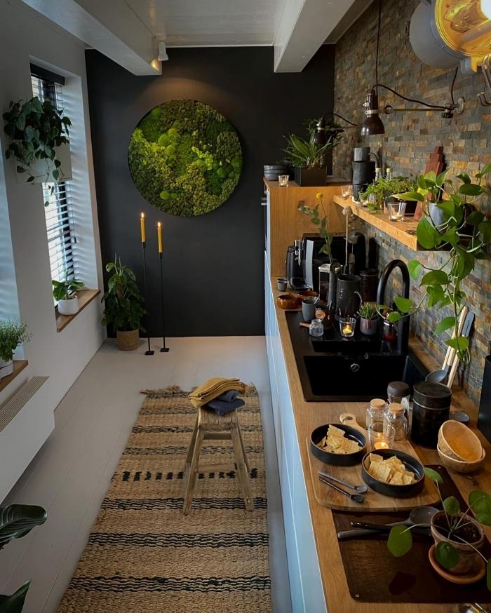 modele de cuisine moderne style industriel accents boho tapis fibre naturelle décoration végétale