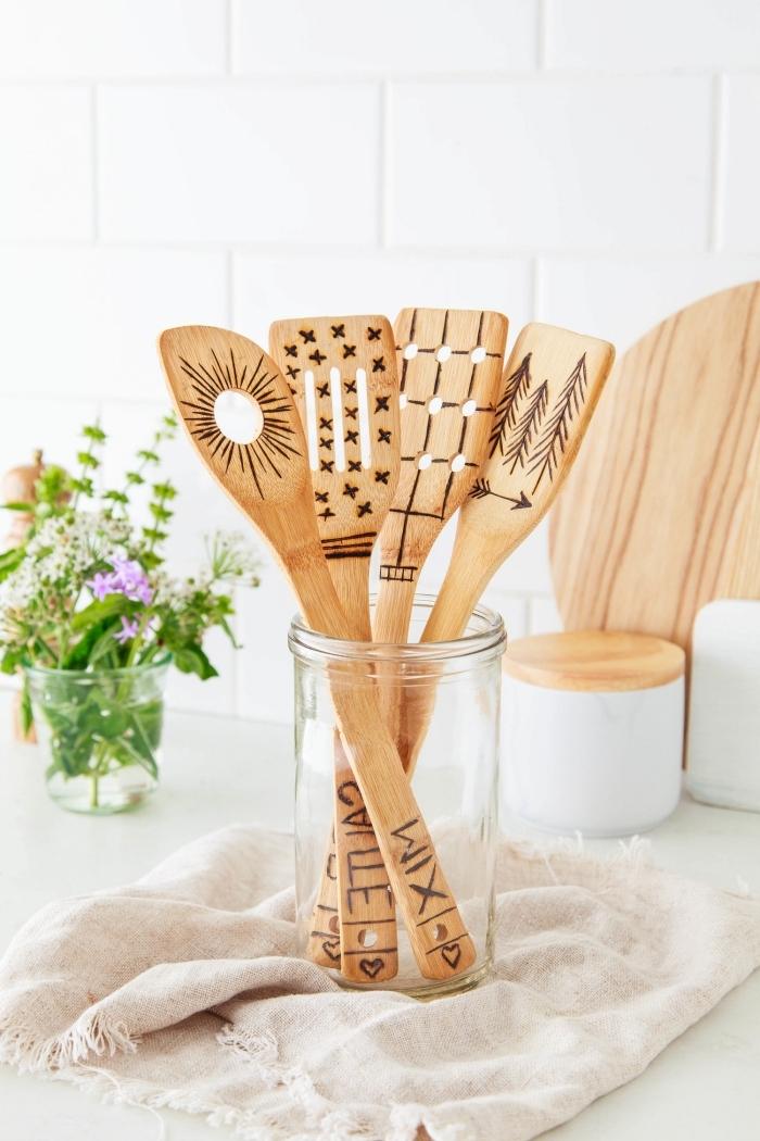 pot verre serviette frange accessoires cuisine cadeau original à fabriquer cuillère bois personnalisée