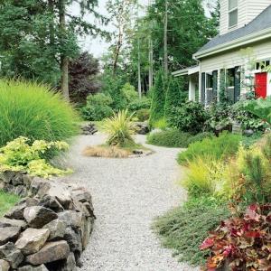 Idée déco jardin avec gravier pour embellir son endroit préféré