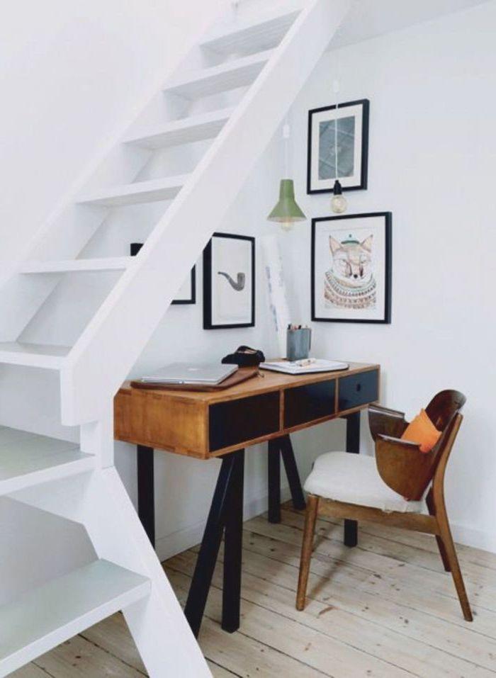 coin bureau en bois amenagé sous escalier sans contremarche blanc deco sous escalier
