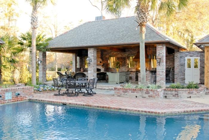 couverture cuisine été toit façade briques crédence amenagement exterieur piscine meuble jardin fer forgé
