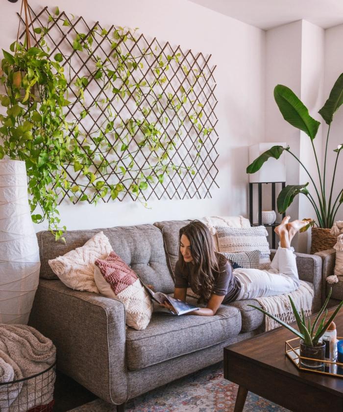 deco plante interieur suspension macramé panier métal plaid beige décoration salon cocooning fille livre
