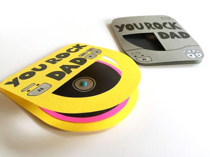 des sachets pour vinyle dans papier coloré papa tu rock message original fête des papas
