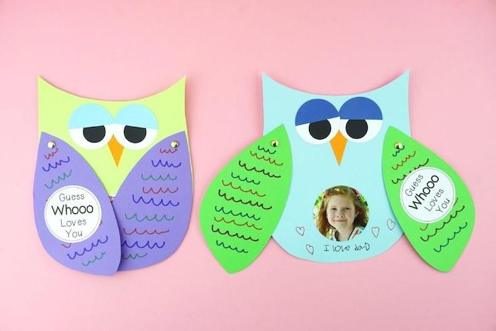 hibou de papier bleu aux ailes verts et violet des yeux de papier photo enfant bricolage pour tout petit fete des meres peres