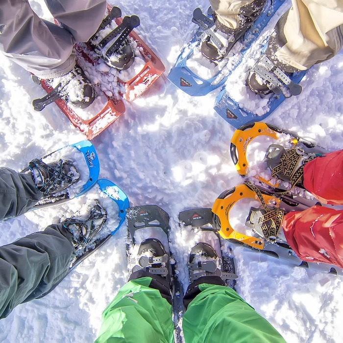 idée activité sport d hiver randonnée en raquettes sur neige sentiers pour débutants