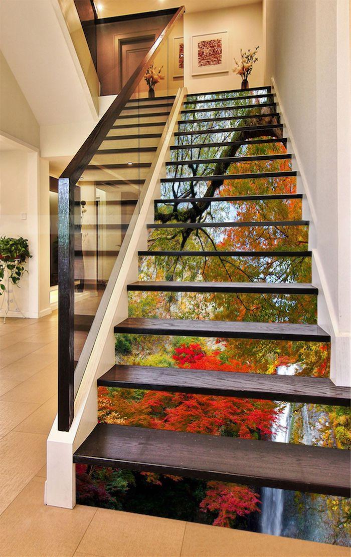 idée peinture escalier papier peint paysagé garde corps en verre et bois mur en blanc