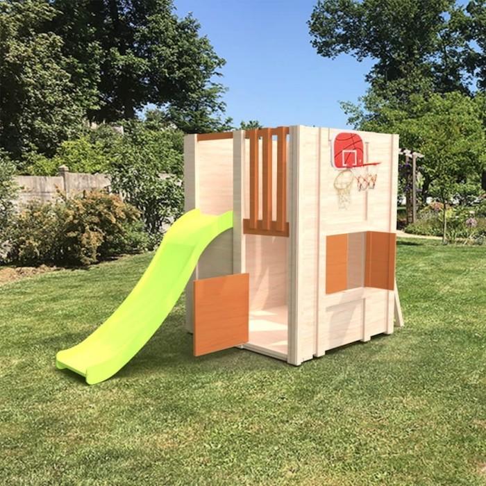 modèle original de cabane jardin enfant en bois avec toboggan et basket station multi activité