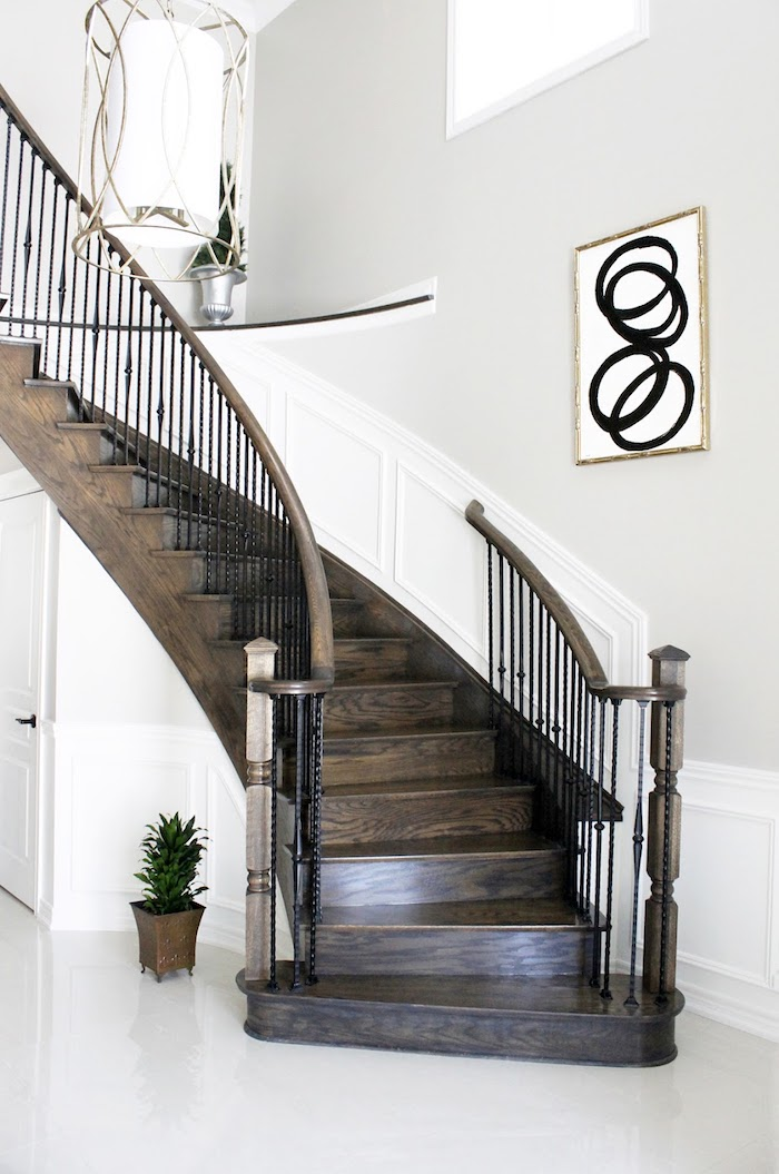 peinture pour escalier en bois murs en blanc et gris lustre et peinture de luxe