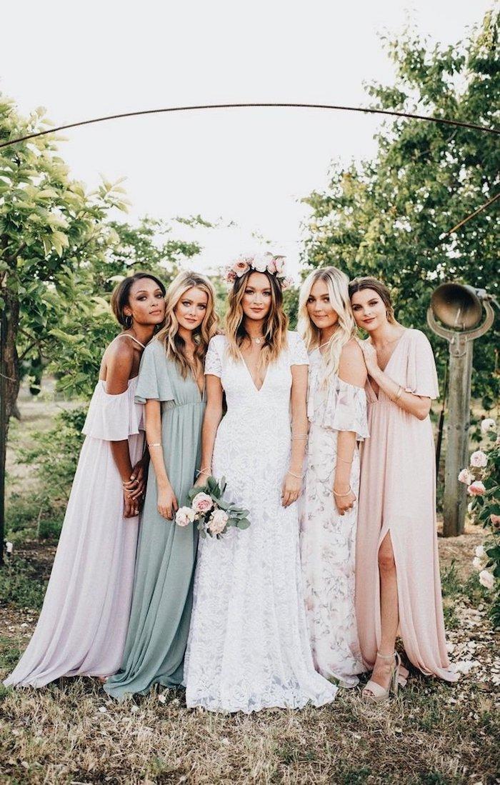 robe dentelle boheme pour mariage au style champetre demoiselles d'honneur en robes fluide