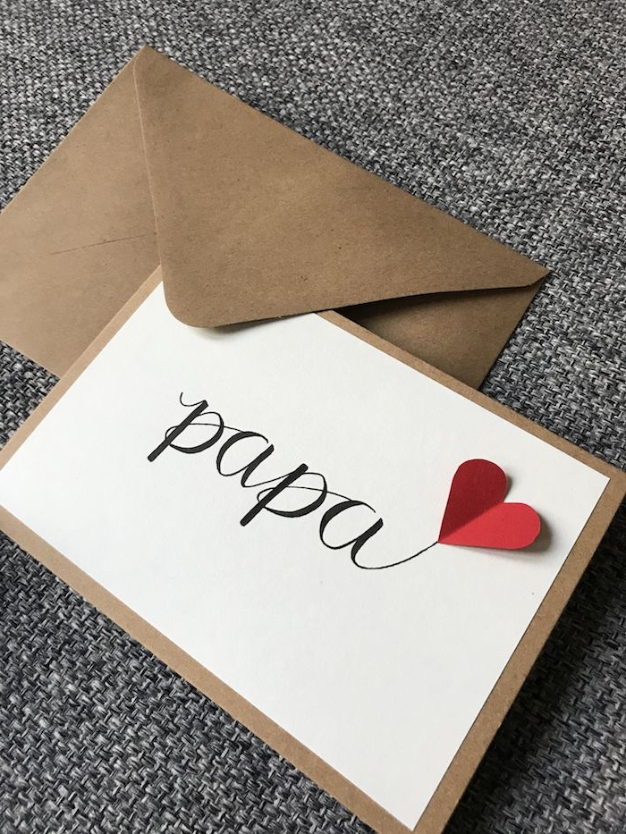 simple carte pour la fete des papa avec coeur de papier petit cadeau original