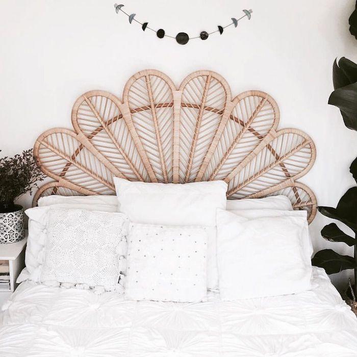 tete de lit bohème beige en macramé linge de lit blanc et mur blanc style épuré