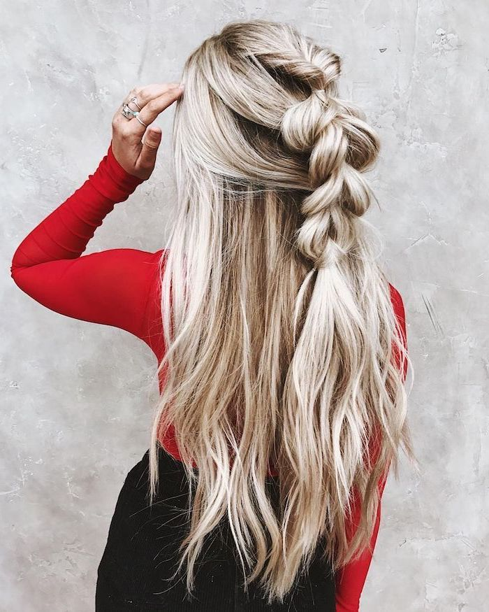 tresse boheme choc sur cheveux ondulés balayage blond sur chatain
