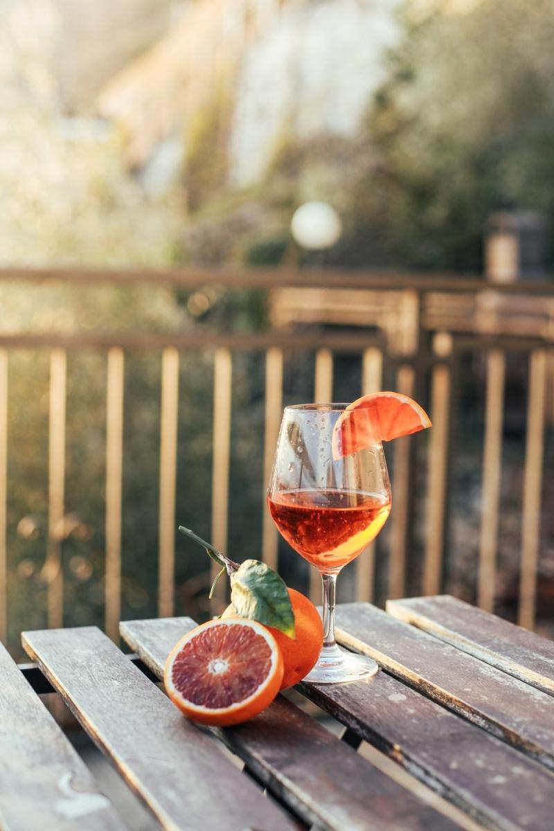 aperol recette facile préparation boisson été vin eau gazeuse orange