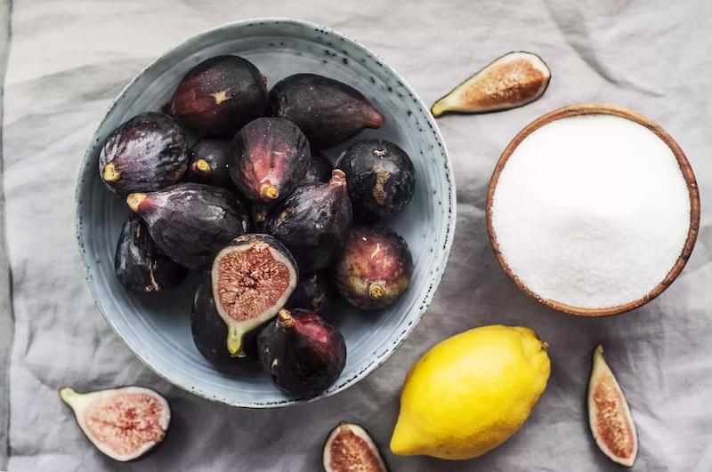 confiture figues maison avec sucre et jus de citron ingredients