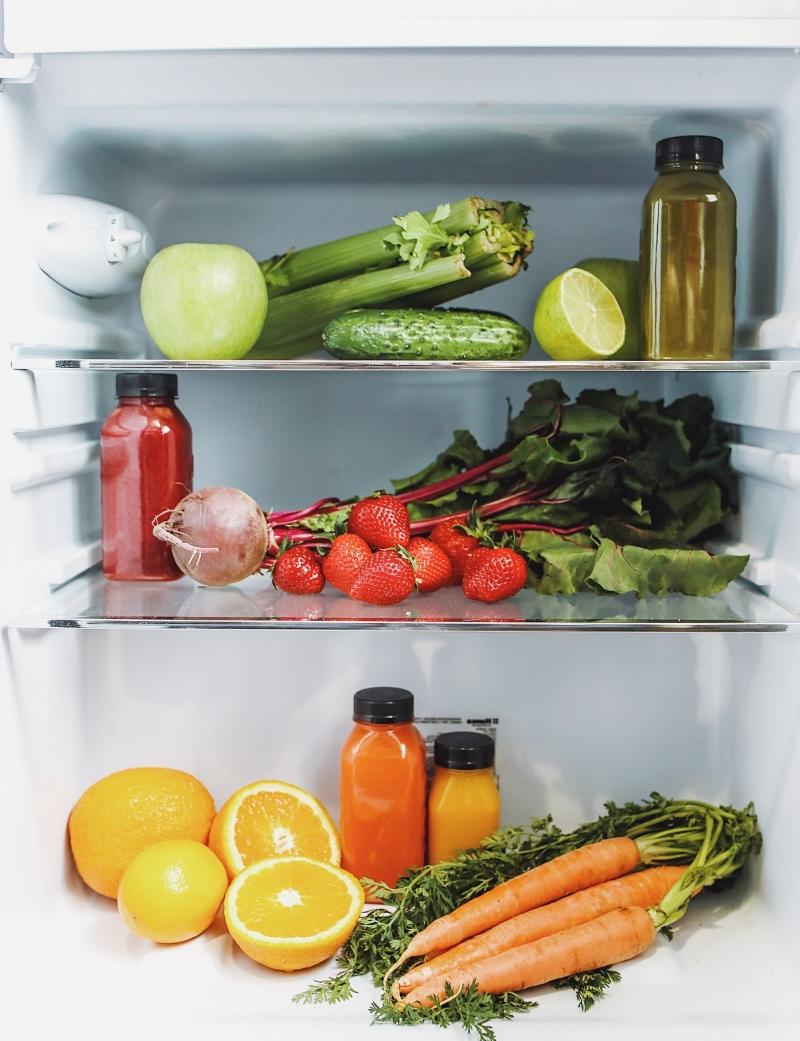 conservation légumes et fruits dans le réfrigérateur période une semaine