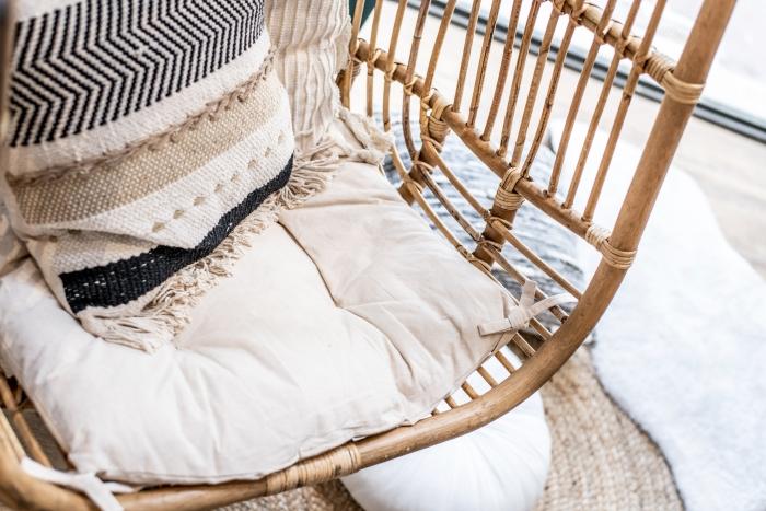 coussin décoratif franges palette couleur terreuse déco style balinais tendance aménagement jardin
