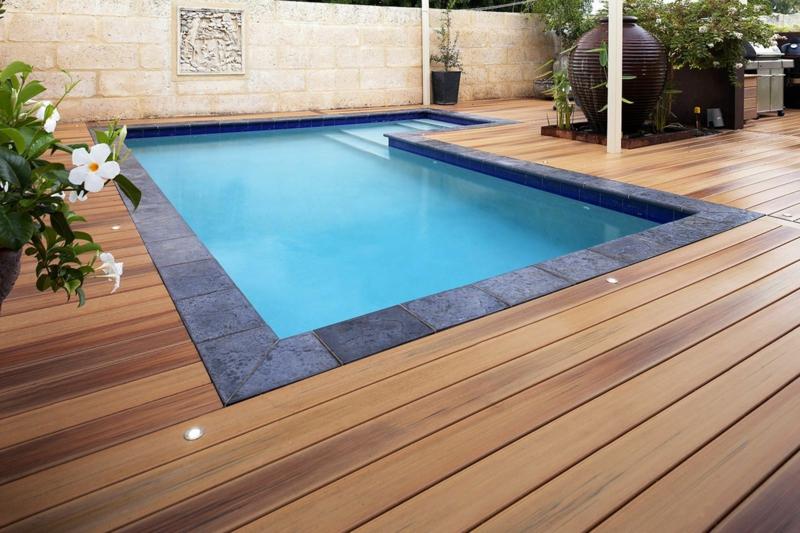 deco exterieur piscine terrasse de la piscine de bois exotique