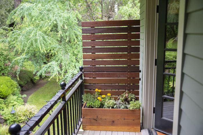 exemple de jardinière brise vue en palette de bois simple a faire avec planches horziontales