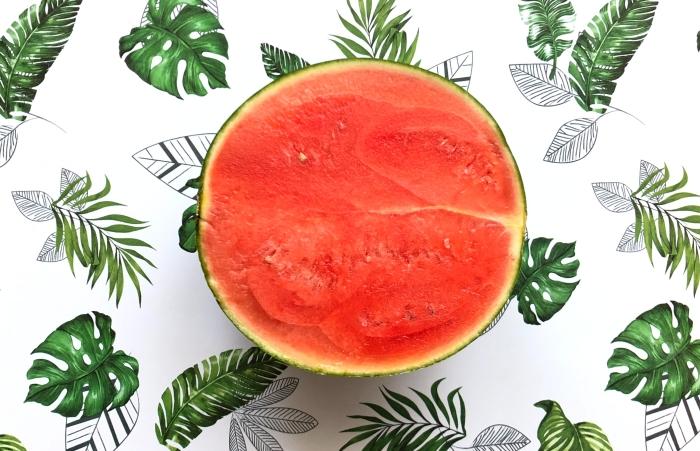 fruit été nappe blanche motifs monstera bienfait pasteque forme homogene choix pasteque