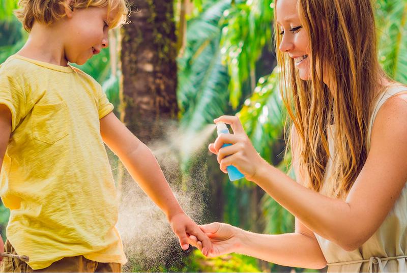 huile essentielle piqure moustique en spray