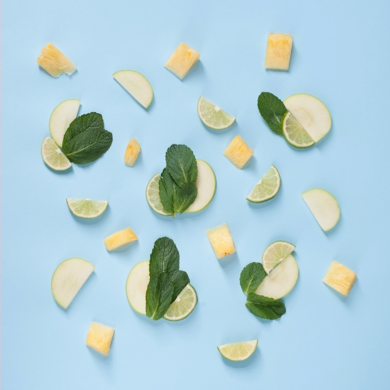 ingrédients préparation cocktail menthe citron feuilles menthe tranches citron vert