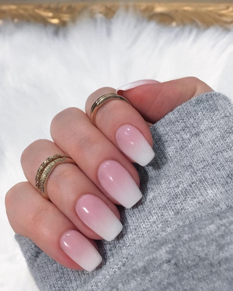 ongles baby boomer bague or manucure french version degradé ombré