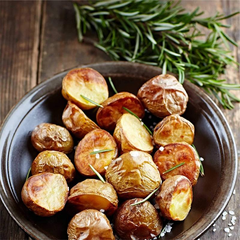 pomme de terre au four romarin pommes de terre servis avec romarin