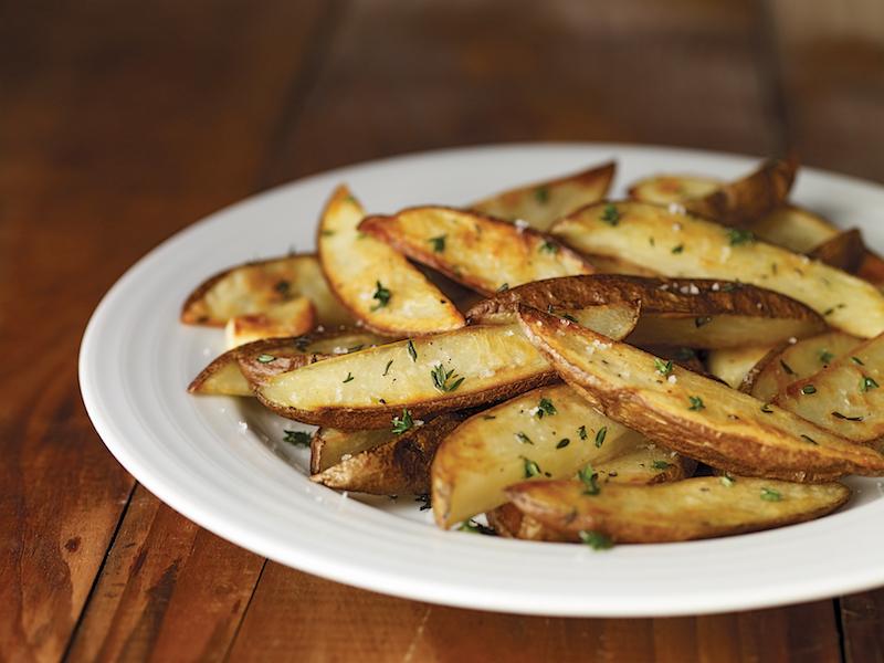 pomme de terre en lamelle au four au romarin