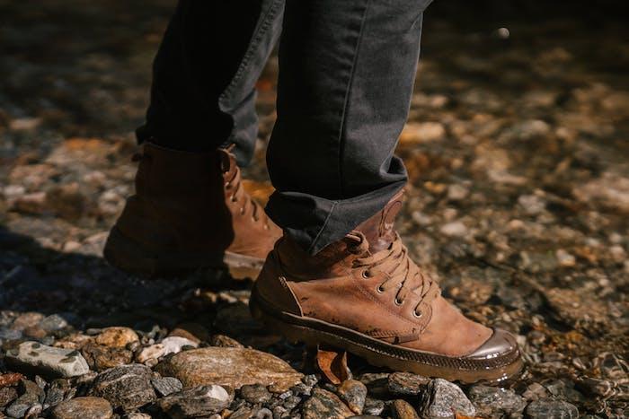 vêtements spéciaux pour l hiver bottes et pantalon de sécurité