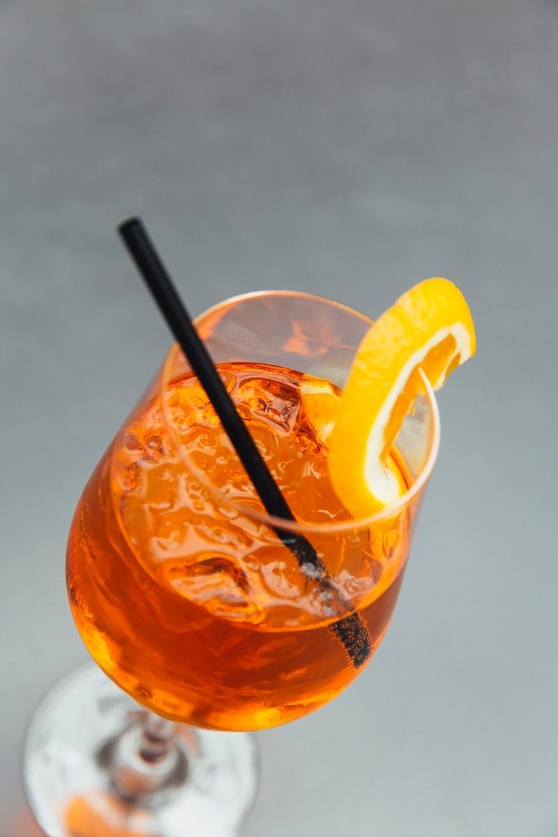 vrai recette spritz tranche orange boisson faible teneur liqueur amer