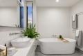 Baignoire ou douche : comparatif et critères pour faire le meilleur choix