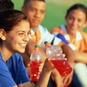 Recettes pour boisson énergisante maison et boisson isotonique à faire soi-même !