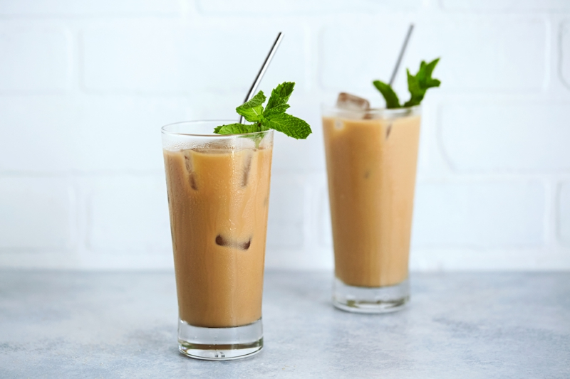 café glacé maison le café frappé à la menthe