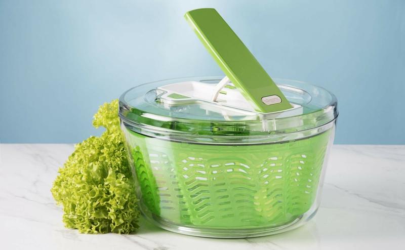 conserver salade essorer la salade dans une essoreuse