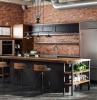 cuisine brique industrielle meubles noirs plan de travail en bois