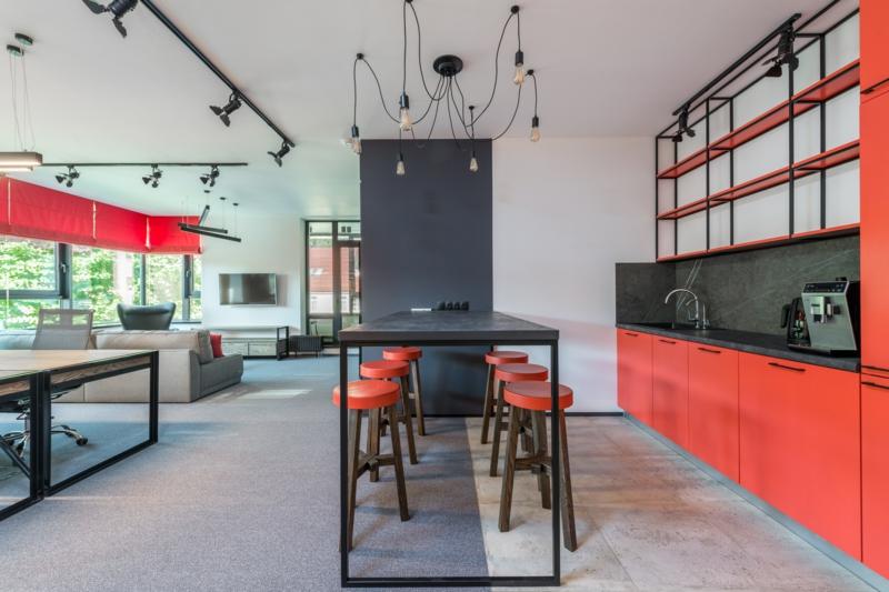cuisine gris anthracite quel couleur au mur décoration en rouge