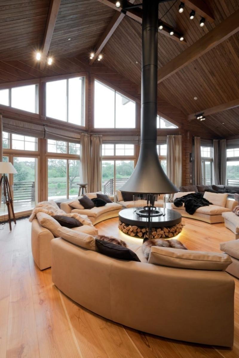 feu moderne intérieur design salon cocooning en bois canapé forme