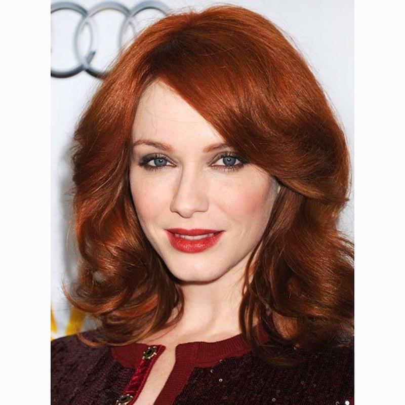 nuancier couleur cheveux femme aux yeux bleus et tenue rn bordeaux